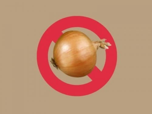 "Yellow Onion Superimposed on a Red Circle With A Line, ""No"" symbol indicating ""No Onion"""