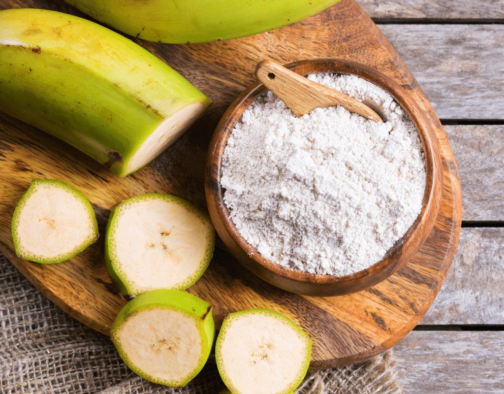 green bananas and green banana flour